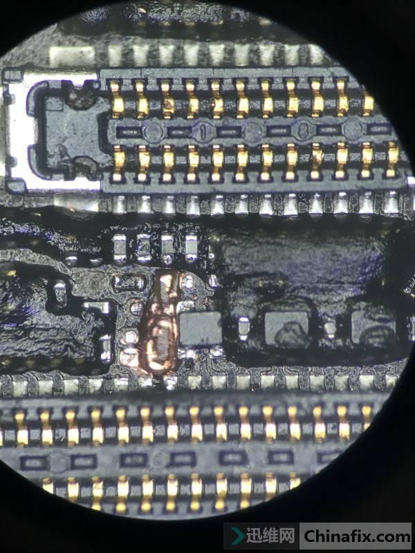 二修进水iPhone 8手机指纹不能用维修