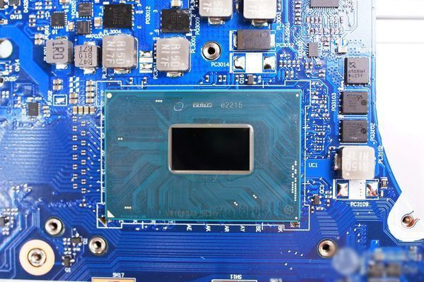 intel i7-8750H处理器特写