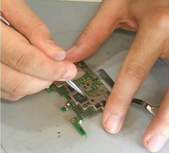 华为 Nova3正常使用手机开不了机维修 图4