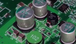 你知道电脑主板上的那些电子元器件都是干嘛的?