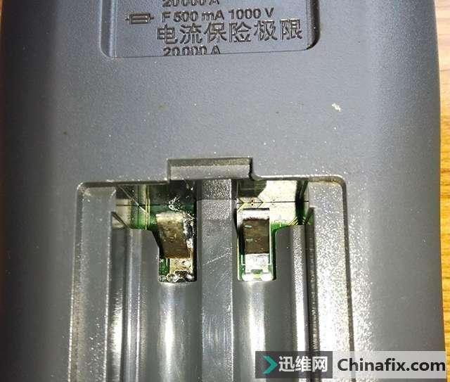 为何美国FLUKE 15B比国产万用表耐用?拆解一看,你就明白了