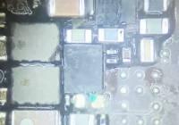 二修iPhone6S闪光灯不亮故障维修