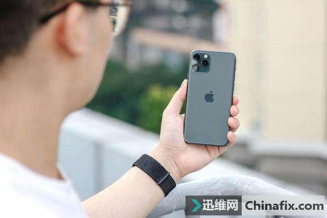 iPhone 11 和 iPhone 11 Pro 该怎么选?